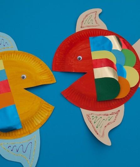 Bunte Papptellerfische